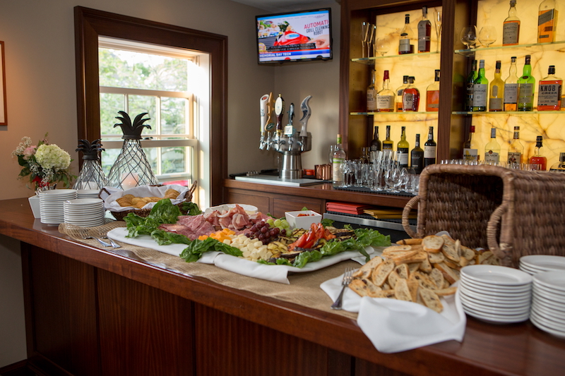 jos-american-bistro-newport-ri-buffet-variety