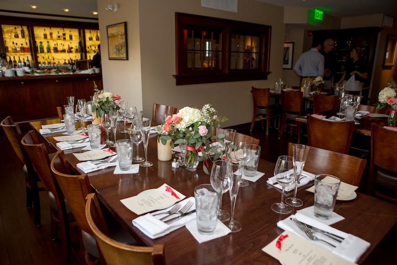 place-setting-interior-restaurant-jos-american-bistro-newport-ri