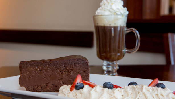 Jos-American-Bistro-Newport-RI-Flourless-Chocolate-Torte3